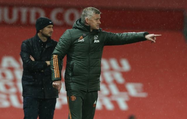 HLV Solskjaer nói gì về màn ra mắt Man Utd của Edinson Cavani? - 2
