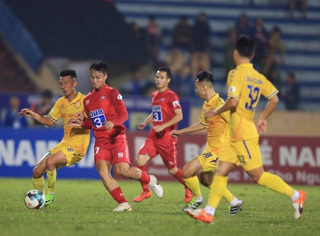 Thắng kịch tính CLB Nam Định, CLB Hải Phòng trụ hạng - 1