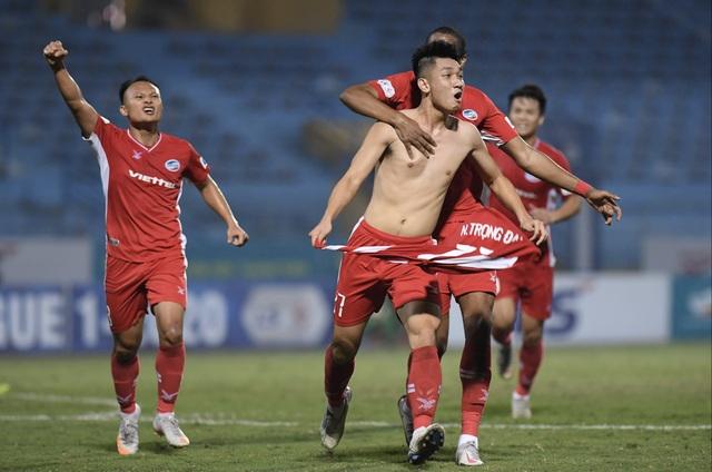 Trọng Đại tỏa sáng, CLB Viettel tiếp tục dẫn đầu bảng V-League - 7