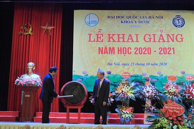 Khoa Y Dược Đại học Quốc gia Hà Nội khai giảng năm học mới - 1