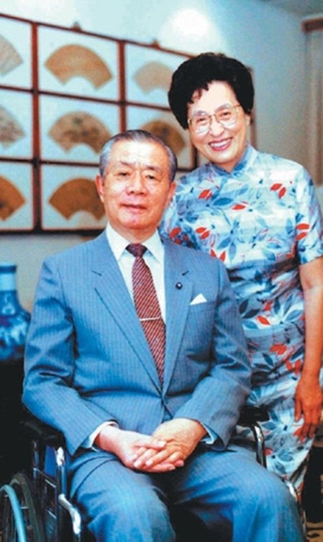 Lá thư của cựu Thủ tướng Đài Loan dạy con trai lay động triệu người đọc - 1
