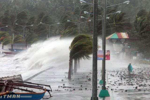 Philippines bão nối bão, Châu Á thiệt hại nặng nề vì thiên tai - 1