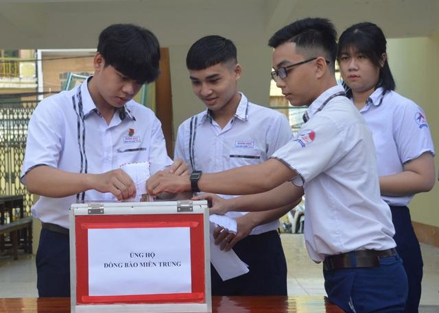 Giáo viên, học sinh Sóc Trăng tiếp tục hướng về đồng bào miền Trung - 2