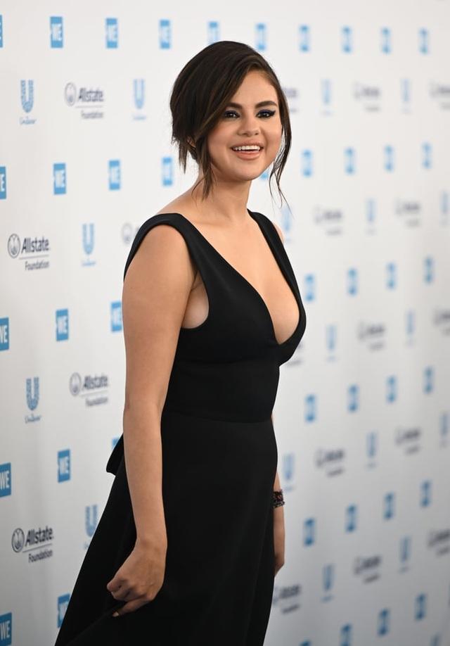 Selena Gomez tiết lộ hình mẫu bạn trai mong muốn  - 3
