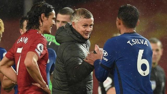 """Man Utd hòa Chelsea: Những chiếc ghế """"nóng bỏng tay""""! - 2"""