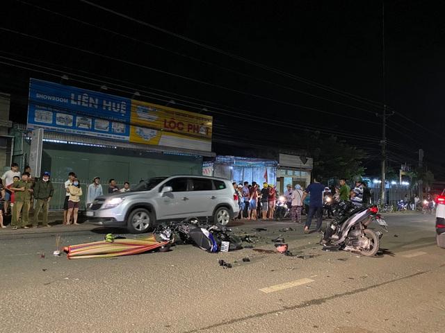 Xe khách chạy lấn làn tông trực diện xe tải, 2 tài xế thương vong - 4