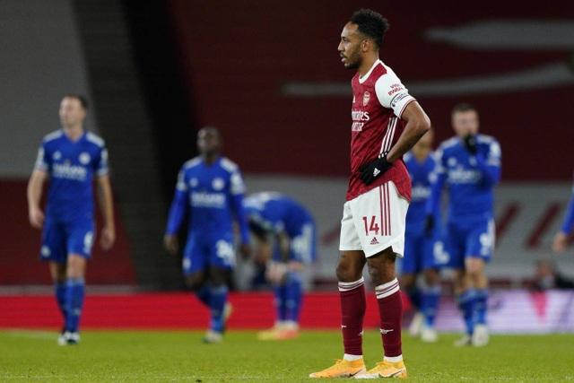 Vardy tỏa sáng, Leicester gieo sầu cho Arsenal - 2