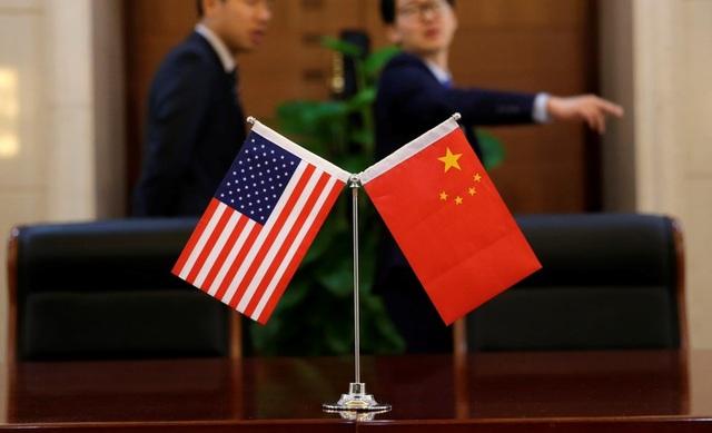 """Lí do gì khiến Trung Quốc bất ngờ """"xả hàng"""" nợ Mỹ? - 2"""