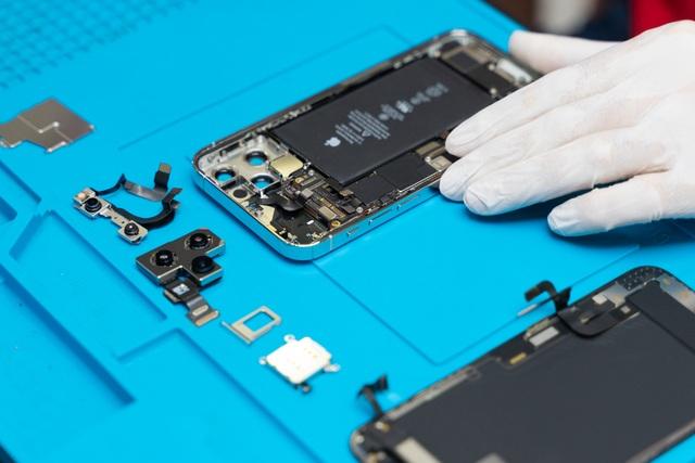 Có gì bên trong iPhone 12 Pro vừa về Việt Nam? - 5