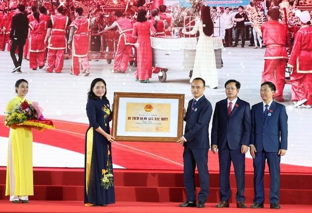 Sầm Sơn đón nhận Bằng xếp hạng Di tích quốc gia đặc biệt - 1