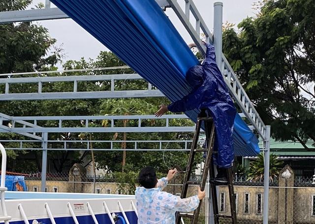 Đà Nẵng: Học sinh nghỉ học từ ngày 27, trường học căng mình đối phó với bão - 1