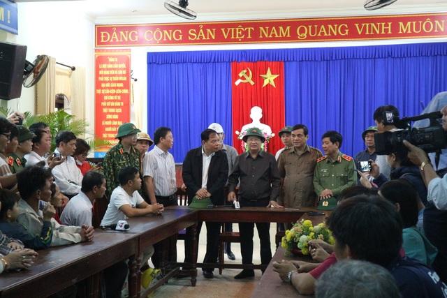 Thừa Thiên Huế cảnh báo người dân không ra khỏi nhà trong suốt 21 tiếng - 11