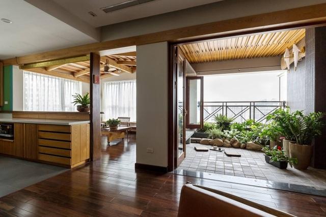 Căn chung cư ở Hà Nội ngập cây xanh như nhà vườn nghỉ dưỡng trên không - 1