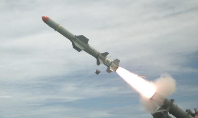 Mỹ bật đèn xanh cho thương vụ vũ khí 2,4 tỷ USD cho Đài Loan - 1