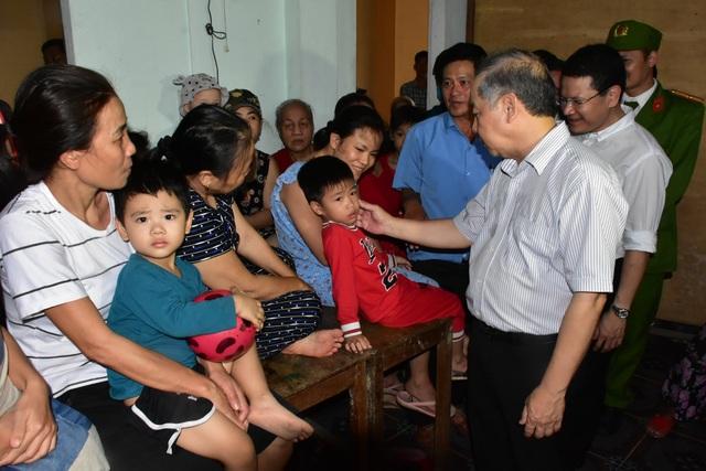 Thừa Thiên Huế cảnh báo người dân không ra khỏi nhà trong suốt 21 tiếng - 2