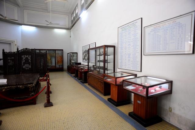 Cổ vật nhà Nguyễn.jpg