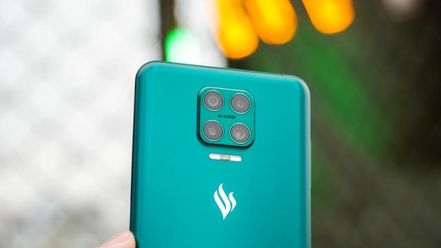 Camera ẩn dưới màn hình của Vsmart Aris Pro: Ảnh đẹp, quay video bị mờ ảo - 10