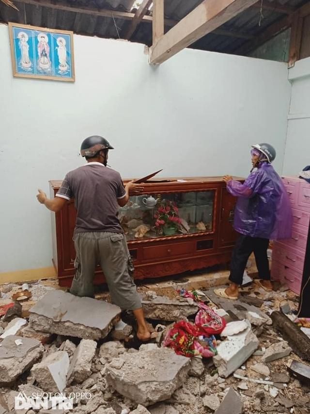 Đảo Lý Sơn tan hoang nhà cửa, tàu thuyền sau khi bão số 9 quét qua - 4