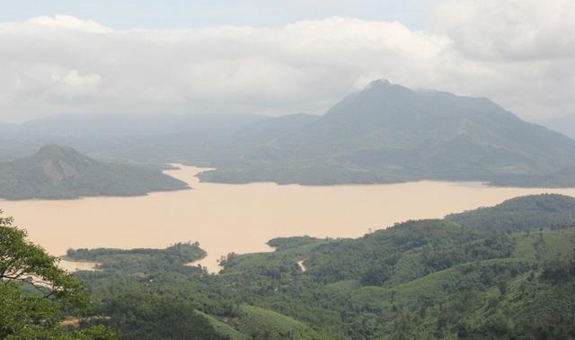Thủy điện xả lũ, nước sông đang lên, nguy cơ lụt chồng lụt - 1