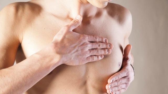 Nam giới có những yếu tố này dễ mắc bệnh ung thư vú hơn - 1