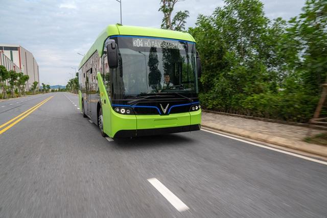 Xe buýt điện thay đổi diện mạo đô thị, tăng tốc du lịch - 1