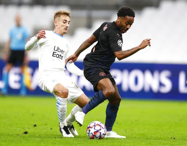 """Man City dễ dàng thắng """"3 sao"""" trên sân Marseille - 3"""