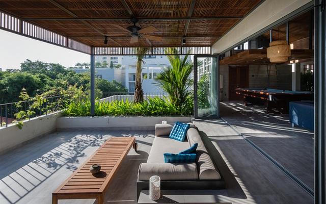 """Bể bơi và khu giải trí hoành tráng """"ẩn mình"""" trong căn biệt thự ở Sài Gòn - 14"""