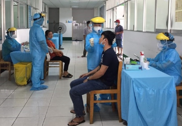 Xuất hiện ca nghi mắc Covid-19, TP HCM khẩn trương khoanh vùng dịch - 1