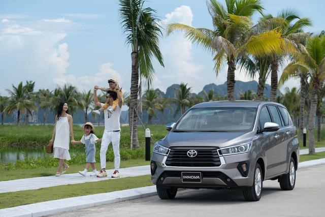 Chọn ô tô cho gia đình, tại sao Toyota Innova 2020 lại được yêu thích? - 1