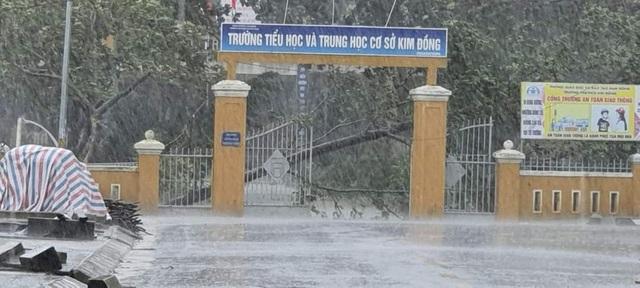 Thừa Thiên Huế, Đắk Lắk cho học sinh nghỉ học do ảnh hưởng bão số 9 - 1