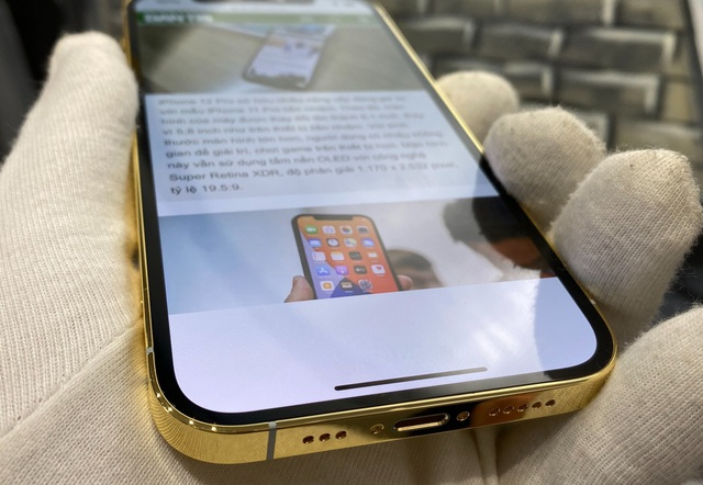 Trên tay iPhone 12 Pro mạ vàng, giá 160 triệu đồng tại Việt Nam - 4