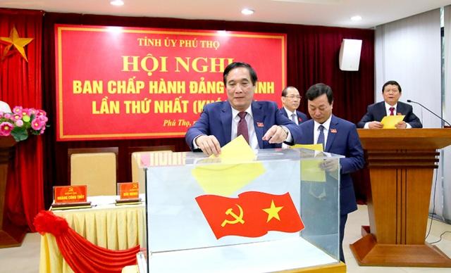 Ông Bùi Minh Châu tái đắc cử Bí thư Tỉnh uỷ Phú Thọ - 1