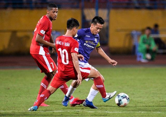 """""""Đại chiến"""" CLB Hà Nội - CLB Viettel tranh ngôi vô địch V-League - 1"""