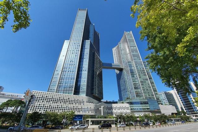 Nhà giàu Trung Quốc đổ tiền mua căn hộ hạng sang ở Hàn Quốc - 1