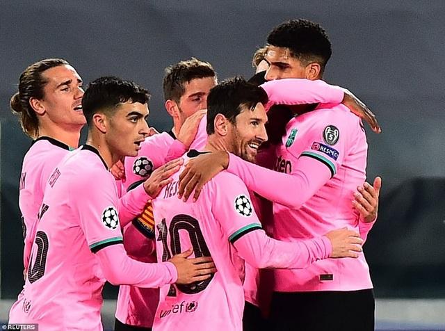 Juventus 0-2 Barcelona: Messi, Dembele tỏa sáng - 11