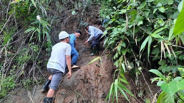 11 người bị núi vùi lấp ở huyện Phước Sơn, đã tìm thấy 5 thi thể - 7
