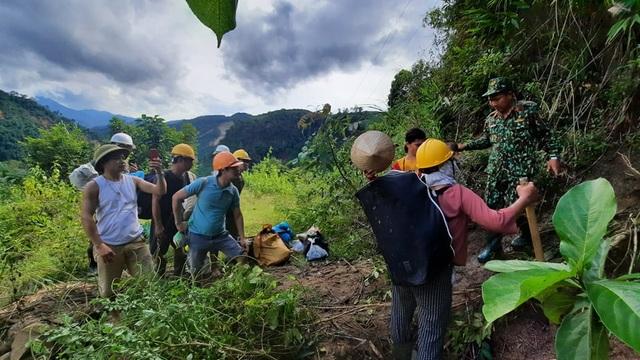 11 người bị núi vùi lấp ở huyện Phước Sơn, đã tìm thấy 5 thi thể - 6