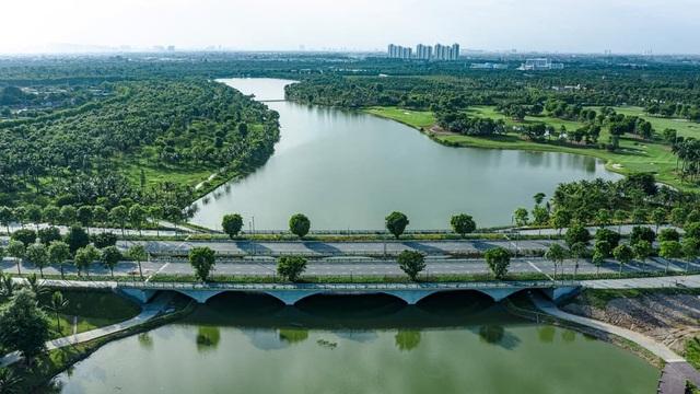Thị trường địa ốc Hà Nội đang phát triển đối xứng về 2 cực Đông - Tây - 2