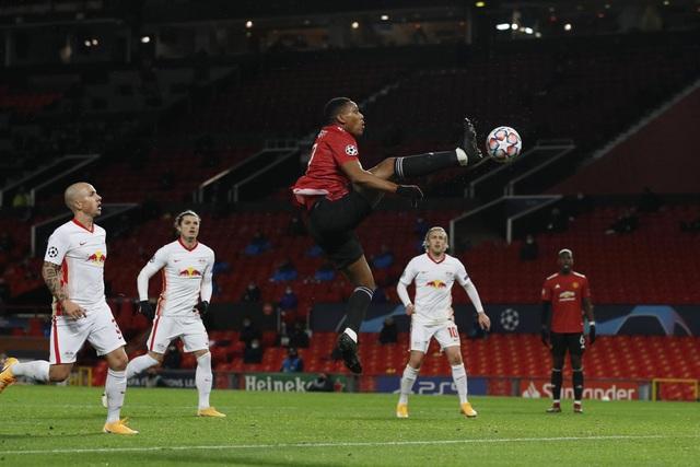 Những khoảnh khắc chiến thắng tưng bừng của Man Utd trước RB Leipzig - 16