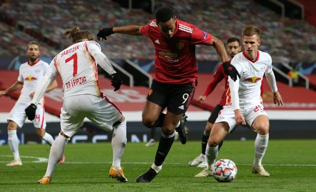 Những khoảnh khắc chiến thắng tưng bừng của Man Utd trước RB Leipzig - 17