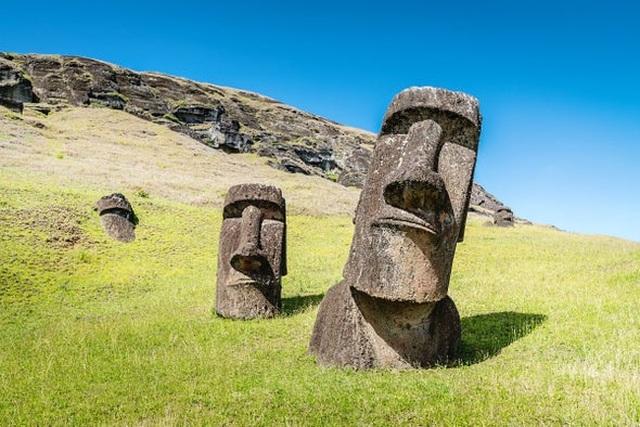 """Lý giải vị trí đặt tượng """"moai"""" bí ẩn trên đảo Phục Sinh - 1"""
