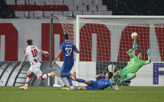 Tottenham thua sốc, Filip Nguyễn thủng lưới tới 5 lần ở Europa League - 3