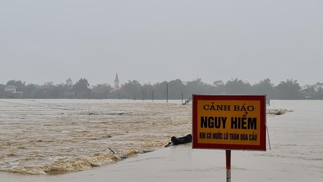 Nước sông Lam dâng cao đêm nay nguy cơ nhấn chìm hàng ngàn hộ dân ngoài đê - 8