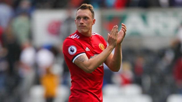 """Ba cầu thủ trở thành """"người thừa"""" ở Man Utd - 2"""