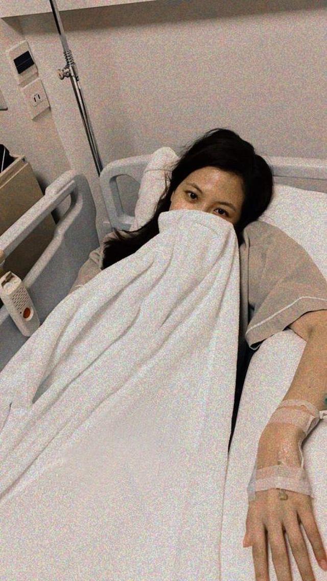 """""""Mỹ nhân đẹp không góc chết"""" Baifern Pimchanok nhập viện vì kiệt sức - 2"""
