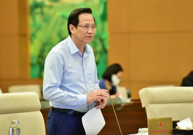"""Bộ trưởng Đào Ngọc Dung: """"Tiếp tục thống kê để hỗ trợ người dân vùng lũ"""" - 1"""