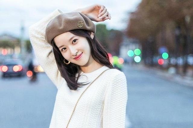 Con đường học vấn đáng nể của nữ tỷ phú trẻ nhất Trung Quốc - 8
