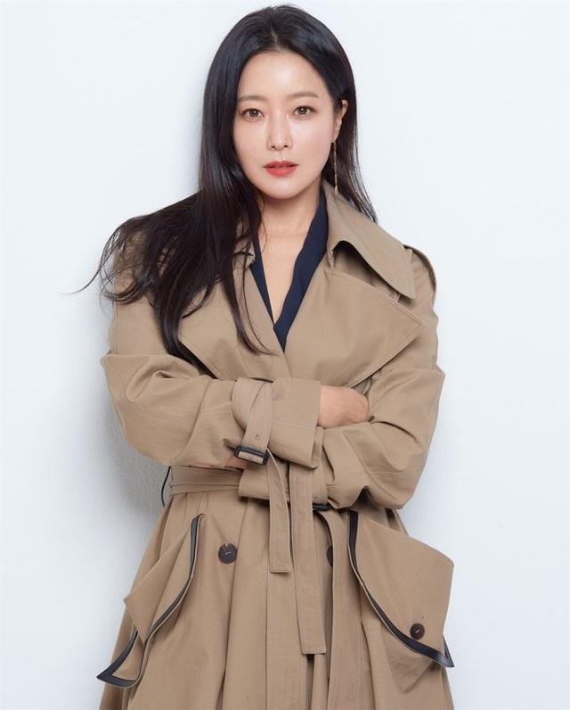 Kim Hee Sun - Mỹ nhân nhận mình đẹp hơn Song Hye Kyo, Kim Tae Hee - 26