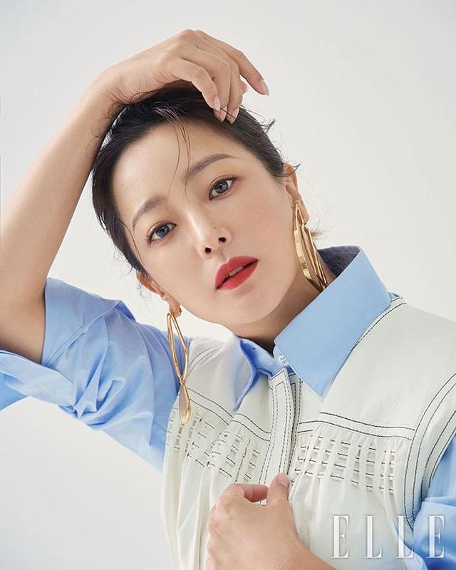 Kim Hee Sun - Mỹ nhân nhận mình đẹp hơn Song Hye Kyo, Kim Tae Hee - 22
