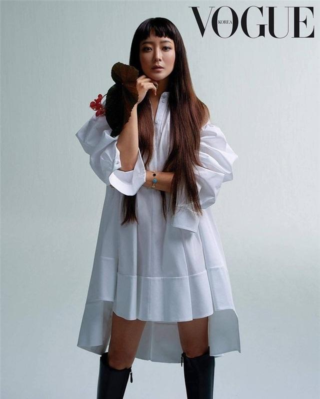 Kim Hee Sun - Mỹ nhân nhận mình đẹp hơn Song Hye Kyo, Kim Tae Hee - 17